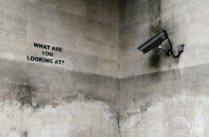 Megfigyelés szabályozása